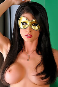 Jessica Jaymes Teases Her Snatch