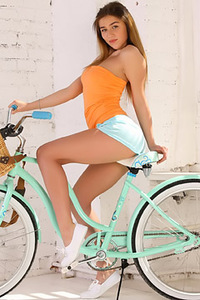 Yummy Teen Foxy Salt By Her Bicycle