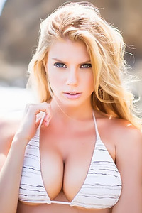 Charlotte McKinney Photo Mix