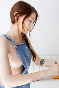 Gatete Via SuicideGirls