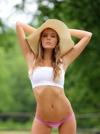 Slim Blonde Beauty Mango Gets Nude In The Garden 02
