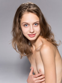 Skinny Teen Sonia Showing Tight Pussy 18