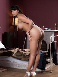 Busty Latina MILF Mercedes Carrera Posing Naked 05