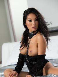 Sexy Asian Babe Asa Akira Gets Nude 04