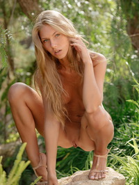 Anjelica Naked In The Forest 16